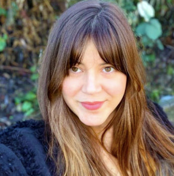 Diviner Lisa Zobian Lindahl